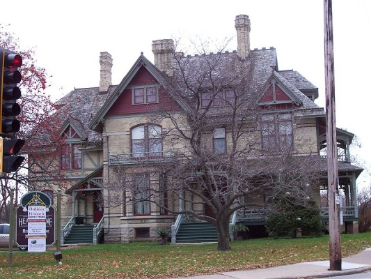 Hearthstone historic house museum fox wisconsin heritage for Home builders in appleton wi